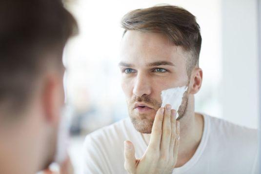 Jak golić zarost na twarzy? - poradnik