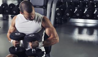 Jak zwiększyć poziom testosteronu? 5 naturalnych sposobów!