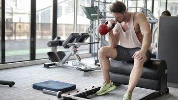 Kettlebell służy do treningu siłowego i wytrzymałościowego