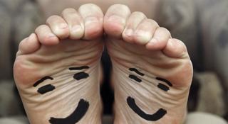 Najlepsze produkty na przykry zapach stóp
